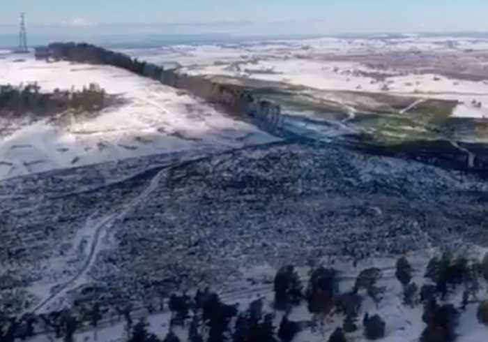 New South Wales Fields Blanketed in Snow as Cold Snap Continues