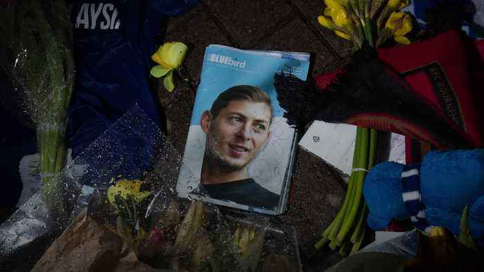 Sala suffered carbon monoxide poisoning before plane crash, report says