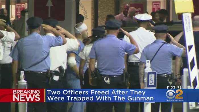 Six Philadelphia Police Officers Hurt In Gun Battle