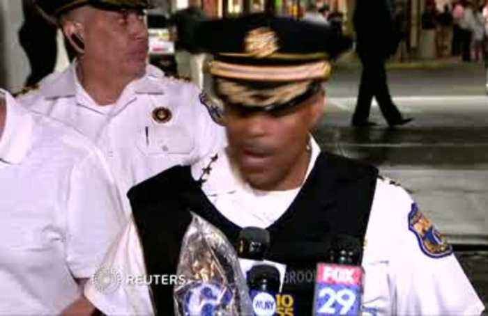 Trapped police rescued in Philadelphia shootout