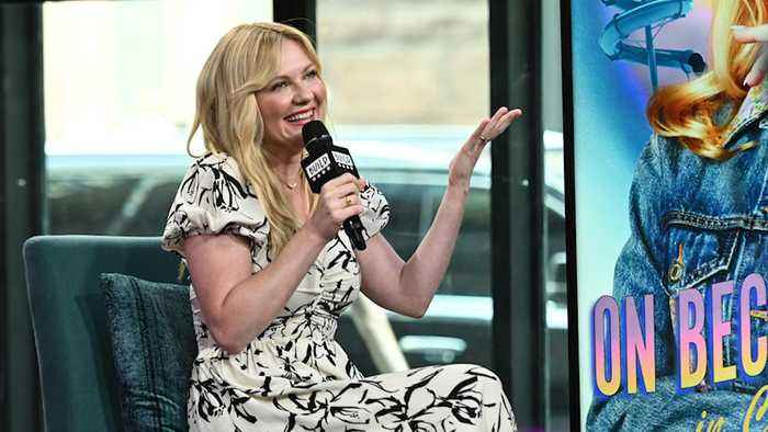 Kirsten Dunst Used To Make Her Mom Show Her The 'Hookies' Of New York