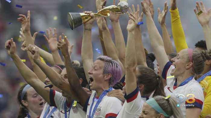 USWNT And US Soccer Federation In Talks Over Equal Pay