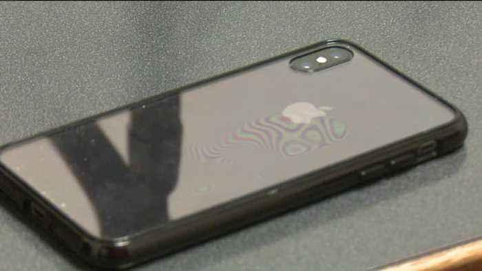 Michigan Middle School Bans Cellphones
