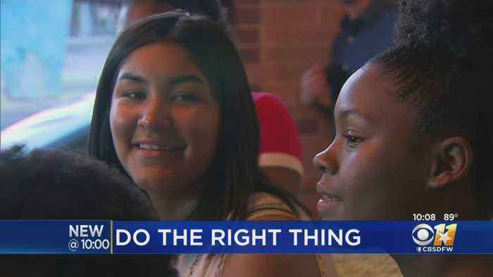 Dallas Students Celebrate With DPD At End Of Summer Jobs Program