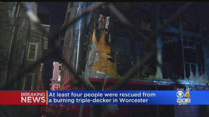4 People Rescue From Burning Worcester Building