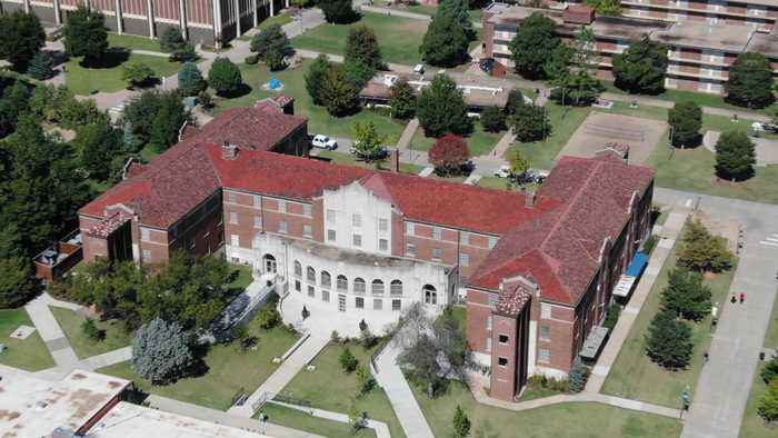 Mold Shuts Down Newly-Renovated Dorm at Oklahoma College, Leaving 300 Incoming Students Displaced