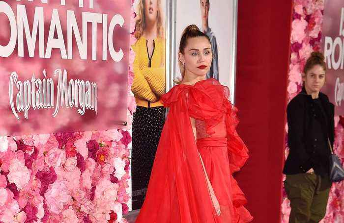Miley Cyrus unveils new breakup song