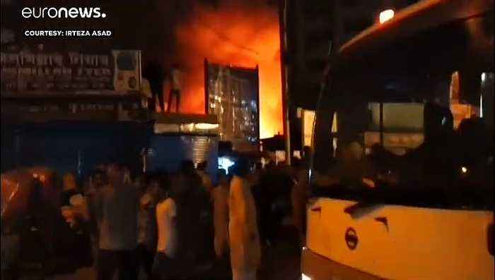Fire in Bangladesh capital leaves thousands homeless