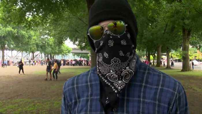 Trump weighs in on dueling protests in Portland