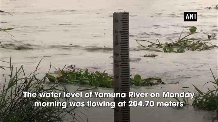 Water level in Yamuna crosses 'warning mark