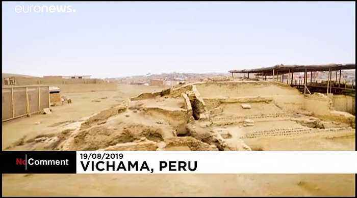 Archaeologists in Peru unearth ancient mural reflecting on the importance of water