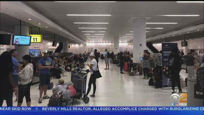 Delta Delays LAX-Bound Flight By 18 Hours