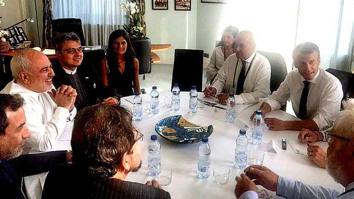 Iran's Zarif holds surprise talks with Macron at G7 summit