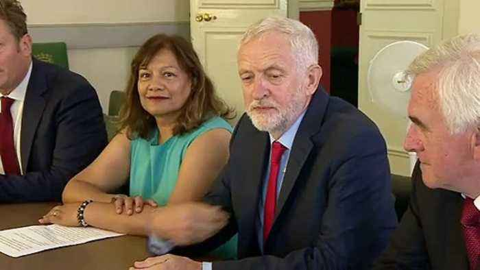Corbyn meets opposition MPs to plan stop to no-deal