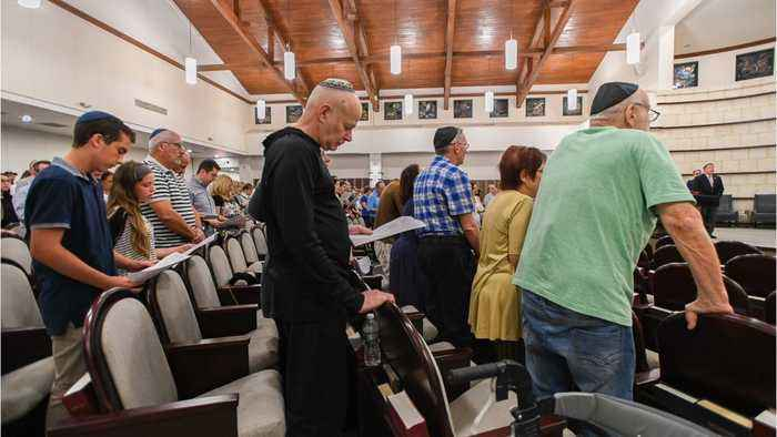 U.S. To Seek Death Penalty For Synagogue Shooter