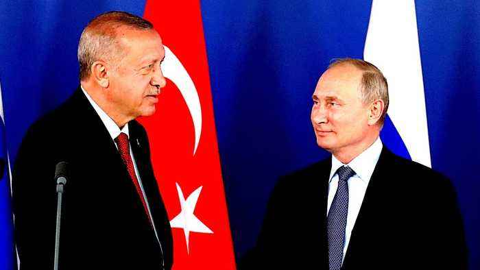 Putin, Erdogan hail close defence ties as Idlib divisions remain