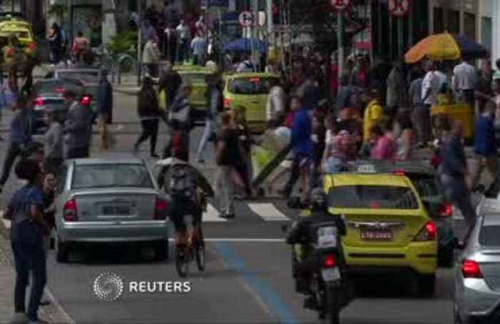 Brazilians 'support' Bolsonaro in Macron spat: FM
