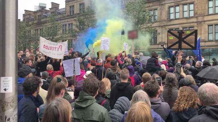 Thousands protest against PM's suspension of Parliament