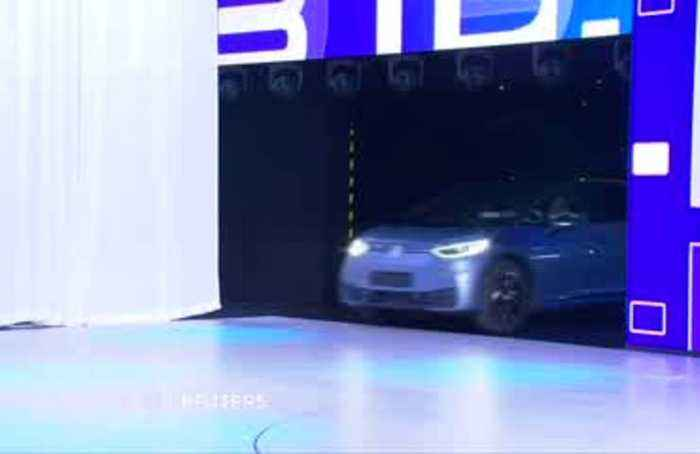 Frankfurt Auto Show goes electric, but greens don't buy it