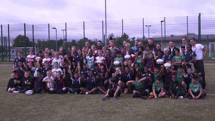 Prince Harry visits rugby union programme at Luton school