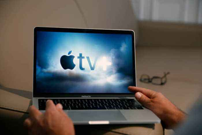 Apple Shifts More Toward Subscription Services