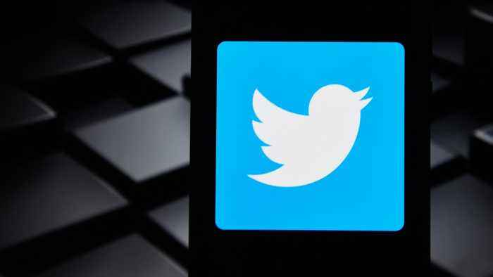 Twitter Blocks Selected Cuban Accounts, Including That Of Raul Castro