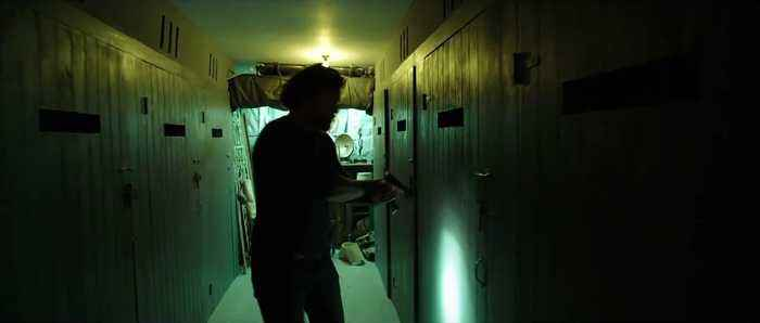 Night Hunter Movie - clip with Henry Cavill -  Raid