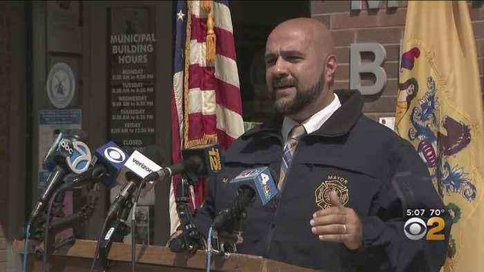 NJ Mayor Claims Agents Violated His Rights At JFK Airport