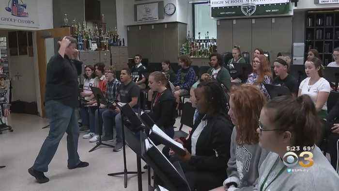 Friday Football Frenzy: Group Of West Deptford Students Fill Hallways With Music