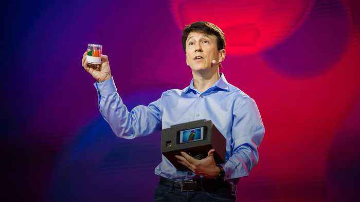 The pharmacy of the future? Personalized pills, 3D printed at home | Daniel Kraft