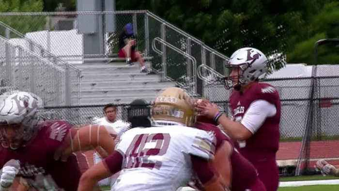23rd-ranked UWL to keep rotating QBs