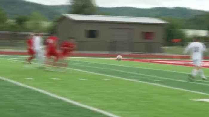 La Crescent, Holmen, and Viterbo pick up wins in Soccer