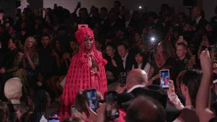 Naomi Campbell hits the catwalk at London Fashion Week