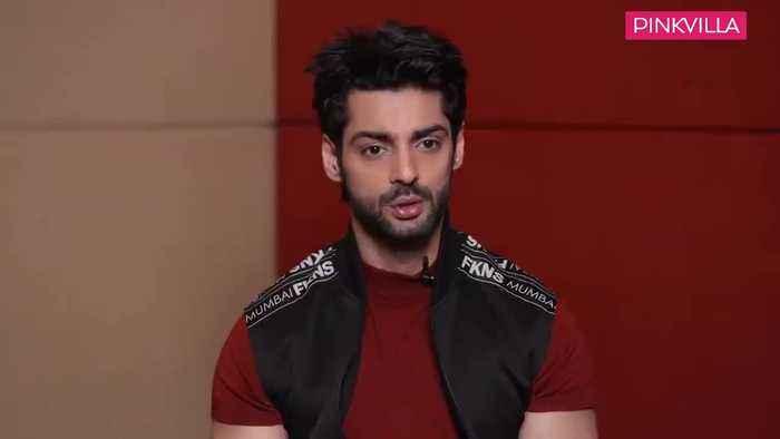 I dont flirt with Kareena Kapoor Khan IRL a fan told me Saif will hit me Karan Wahi DID