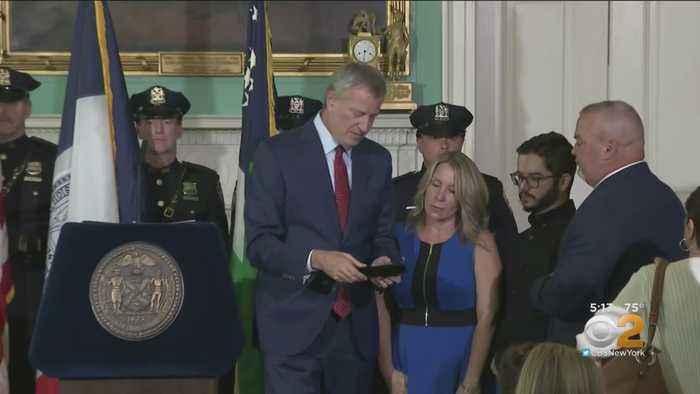 Late NYPD Det. Luis Alvarez's Family Receives Key To The City
