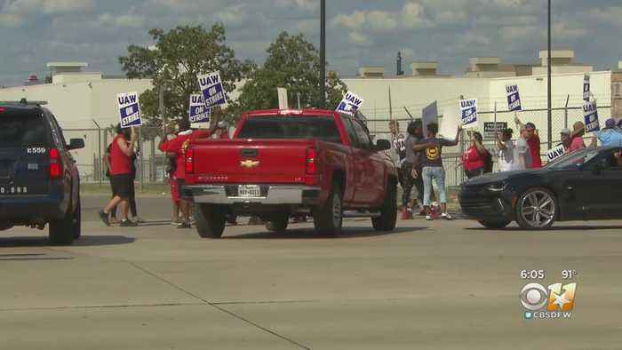 North Texas Workers Join Nationwide Strike Against GM Over Contract Dispute