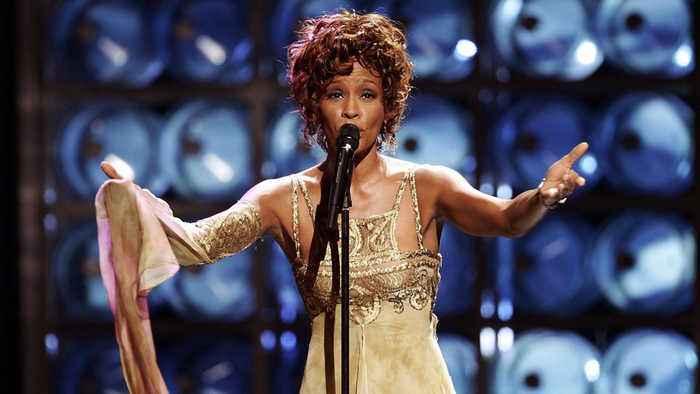Whitney Houston to be celebrated with hologram tour