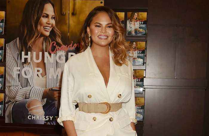 Chrissy Teigen accidentally posts email online and speaks to 'nice stranger'