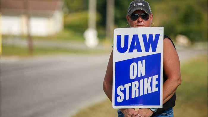 UAW On Strike Talks: Progress, But Issues 'Unresolved'