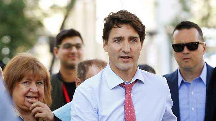 Justin Trudeau To Continue Campaign, Speaking Out About Gun Control
