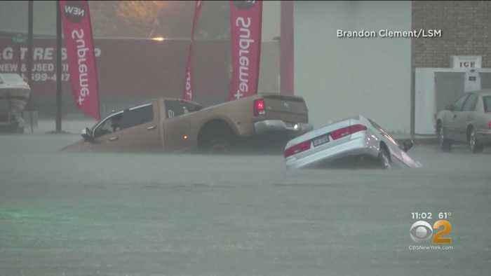 Imelda Bring Floods To Texas