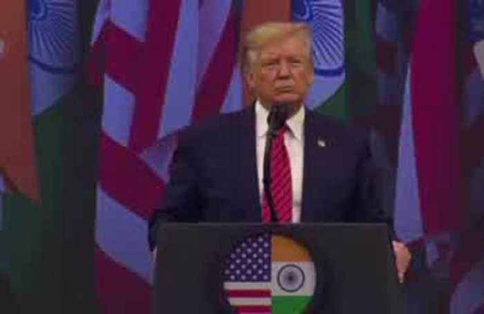 'Howdy Modi' event embraces Trump with big cheer
