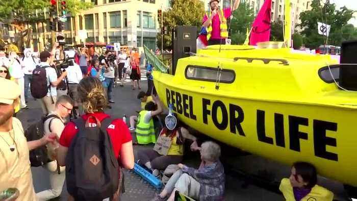 Climate activists block traffic in D.C.