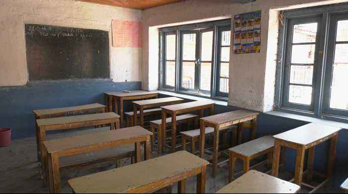 Kashmir unrest prevents students from returning to school
