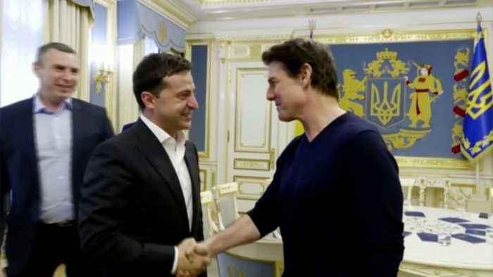 Resultado de imagen para Zelensky Tom Cruise.