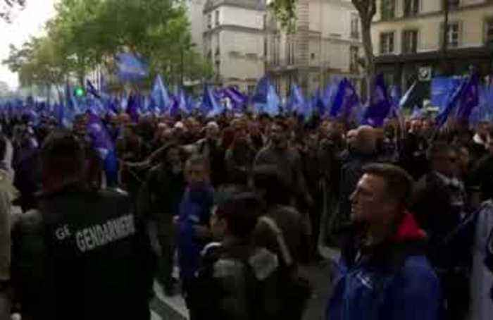 'March of Anger': French police demand better conditions