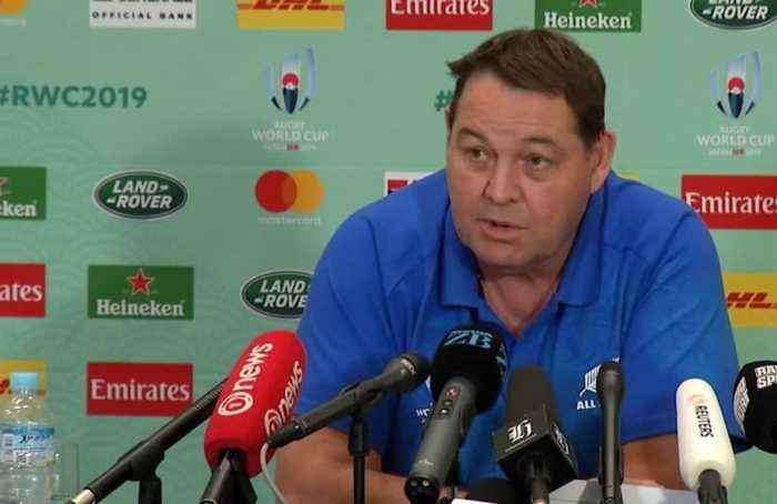 'Better off being the favourite'', says All Blacks' head coach Hansen