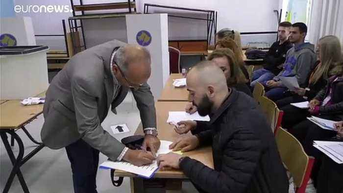 Kosovo voters focus on tackling corruption and Serbia peace deal in election