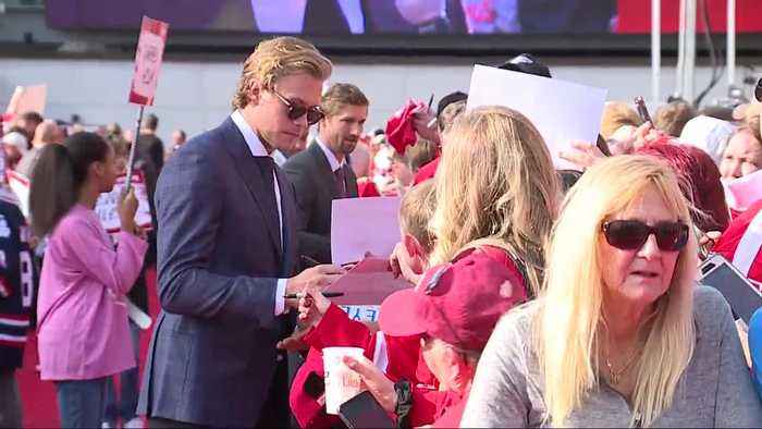 Red Wings host red carpet walk prior to home opener