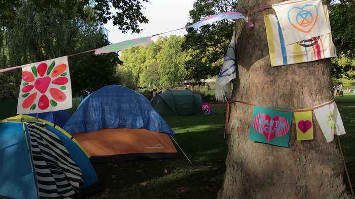 Extinction Rebellion protesters warned to move on or face arrest